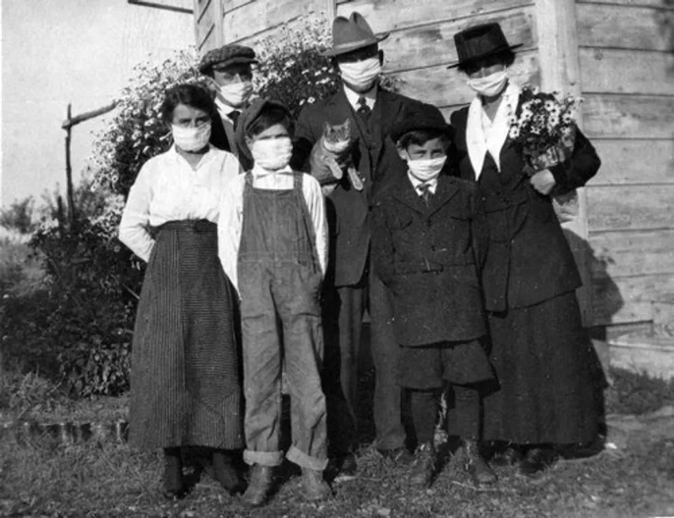 1918 Spanish Flu showing Family wearing masks
